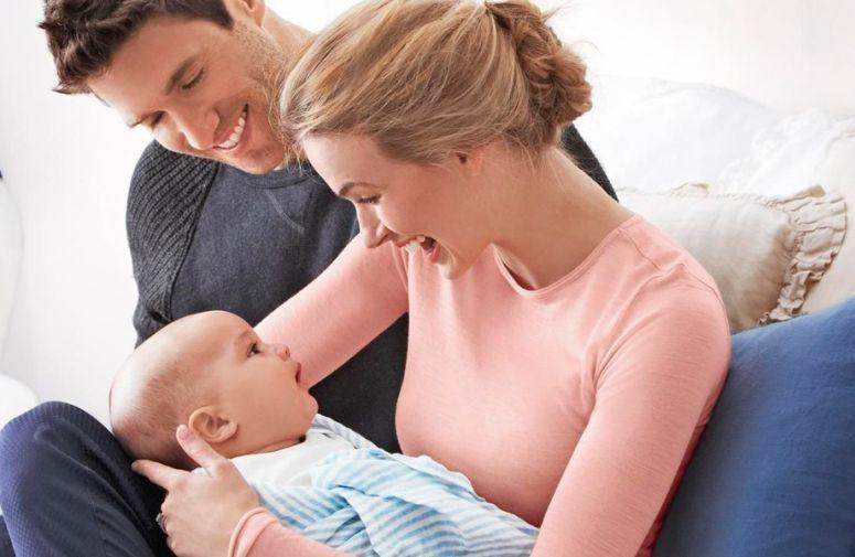 Novorođenče ne može da prati brze pokrete